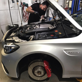 New Car Servicing in Wollongong